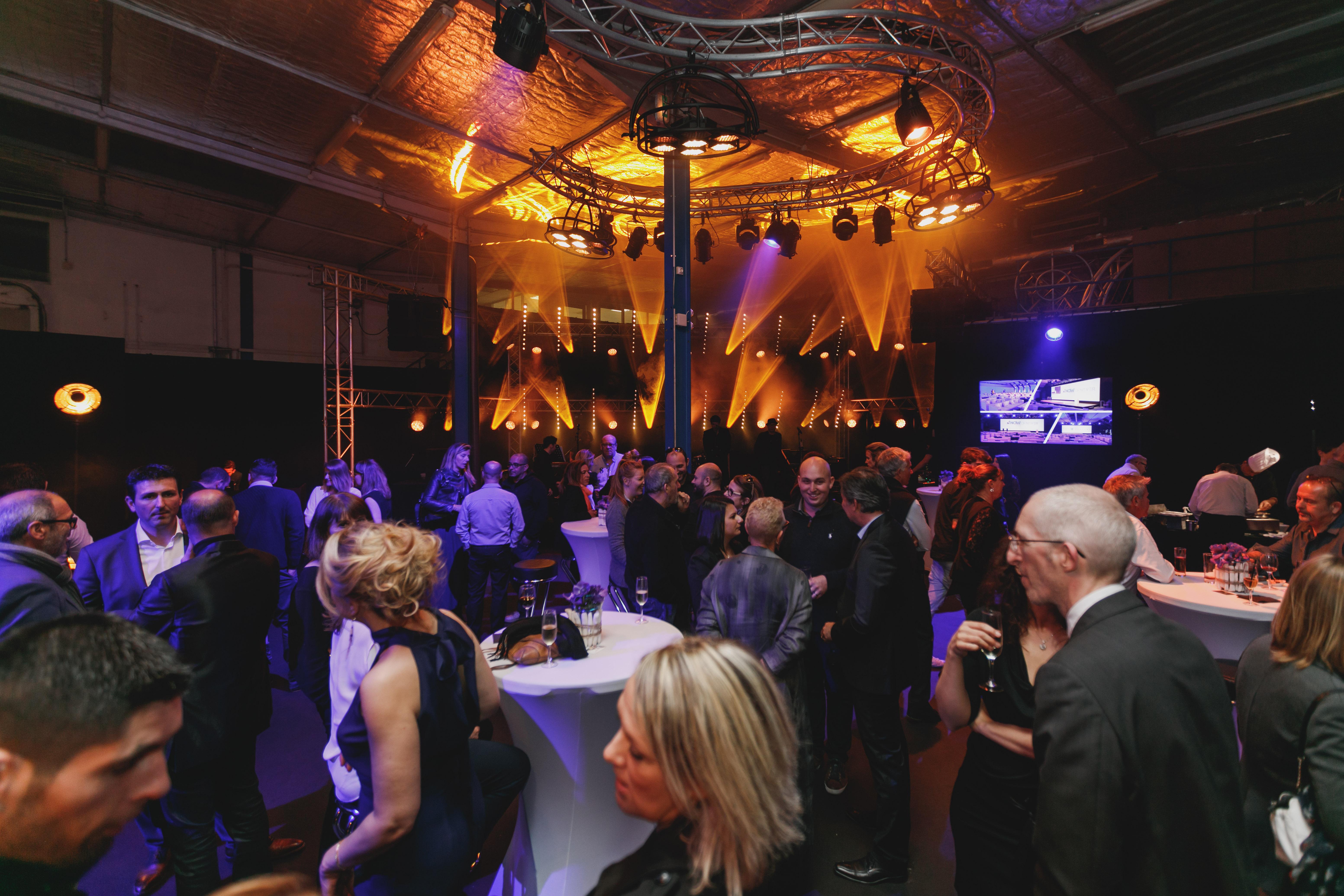 aucop-event-30 ans-video-son-lumieres-soiree-evenement-nice-carros