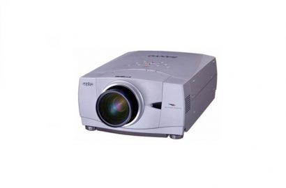 4500 lumens LCD Sanyo PLC-XP 55
