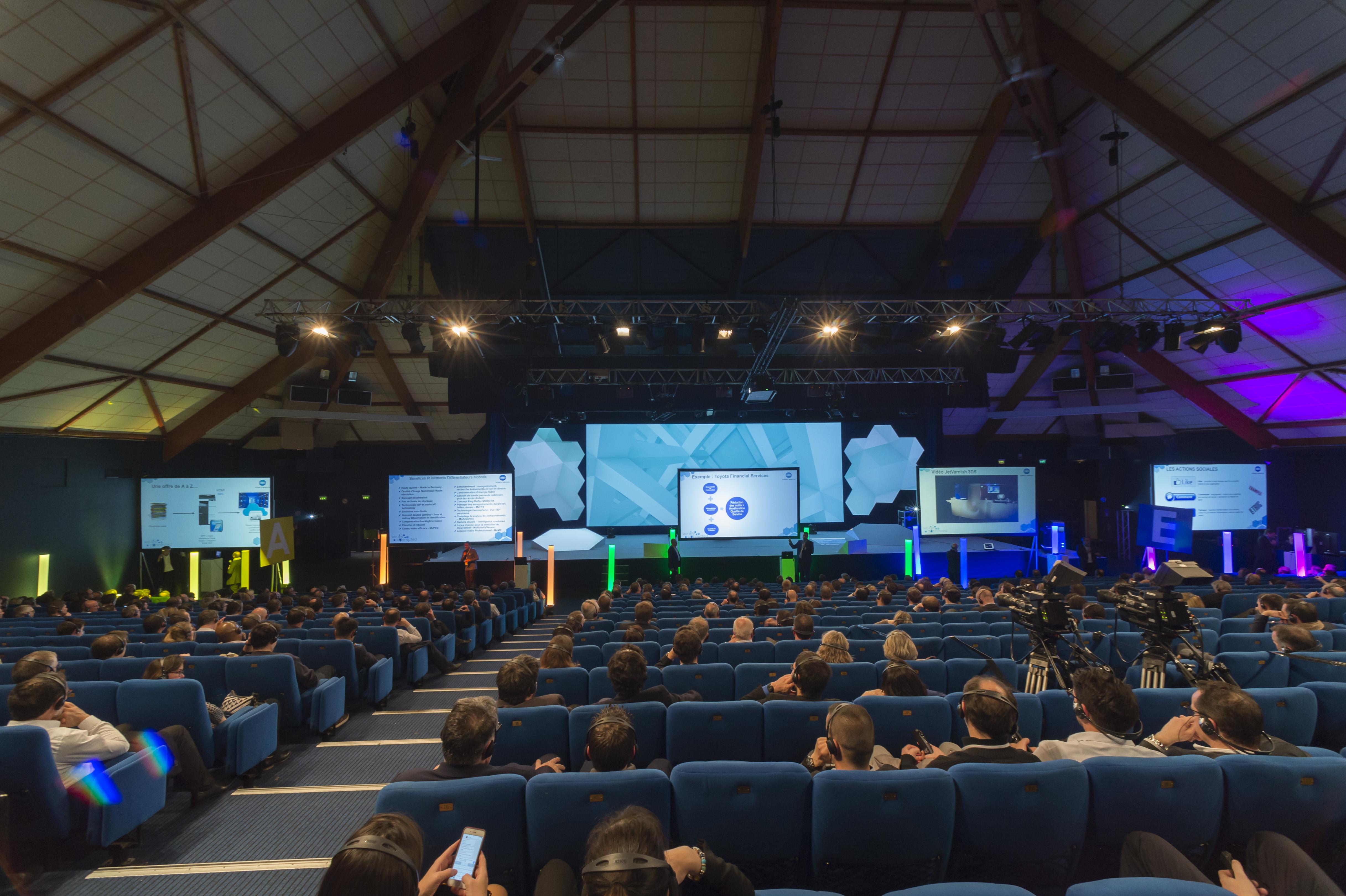 ComSquare-Convention-nationale-Konica-Minolta- LesPyramides-de-Port-Marly-aucop-technique-deco-© Laurent Guichardon