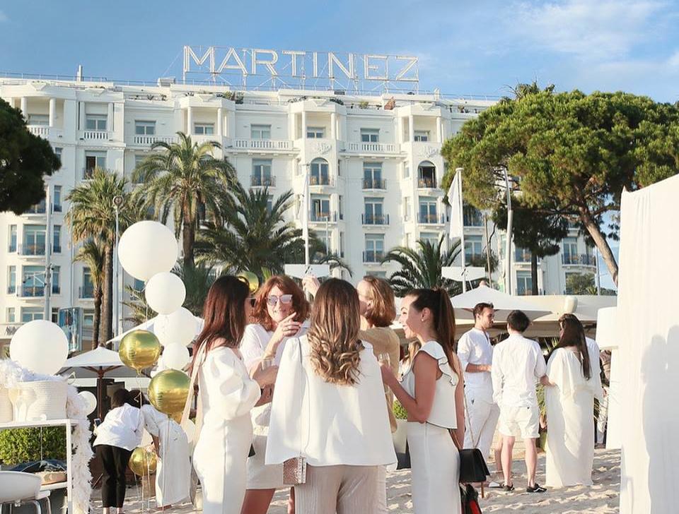 aucop-evenement-lancome-cannes-hotel-du-martinez-deco-son-lumieres-video
