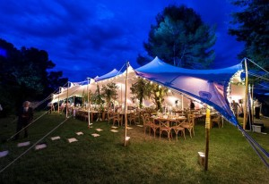 aucop-event-be lounge-aix-en-provence-sonorisation-lumiere-tente