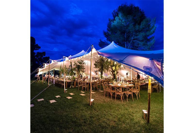 aucop-event-be-lounge-aix-en-provence-sonorisation-lumiere-tente-soiree-night