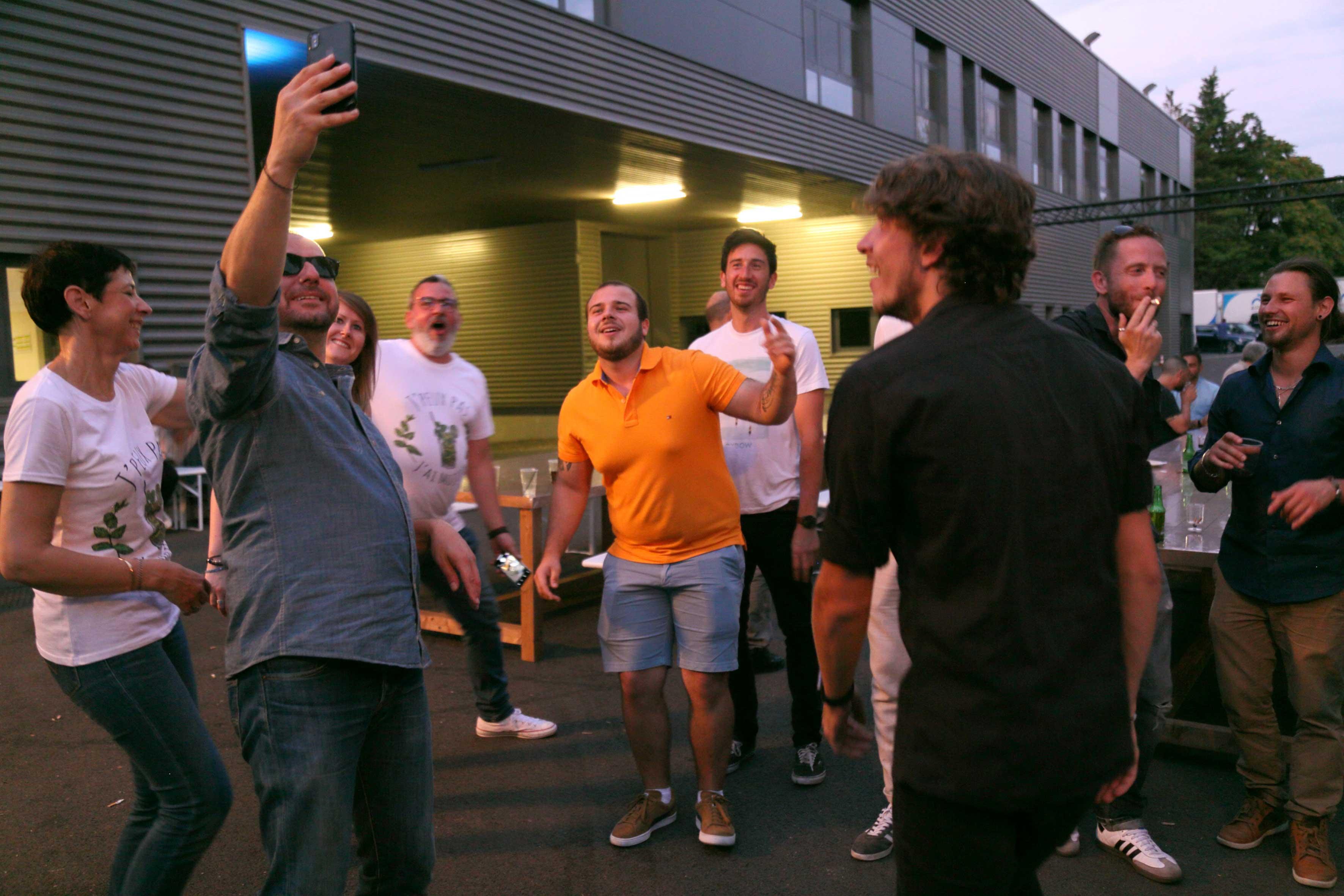 aucop-soiree-wissous-paris-music-events-agency-concert-29-juin-team-building-audiovisuel