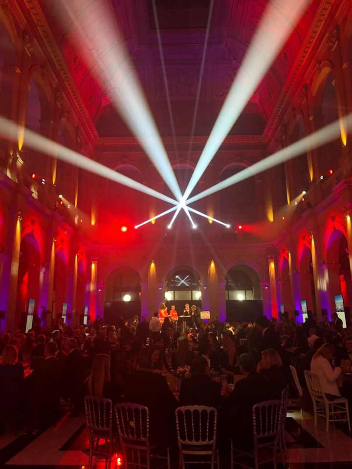 12ème Gala de la Croix-Rouge française-aucop-sonorisation-eclairage-agence organik-event-lumiere-marseille