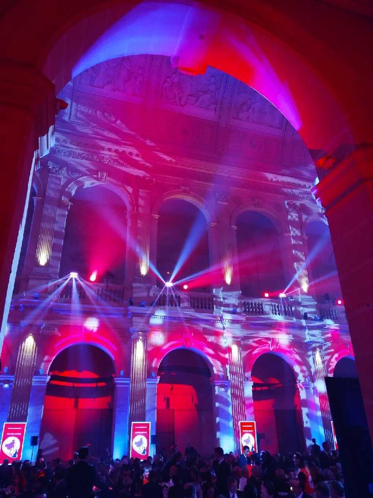 12ème Gala de la Croix-Rouge française-aucop-sonorisation-eclairage-agence organik-event