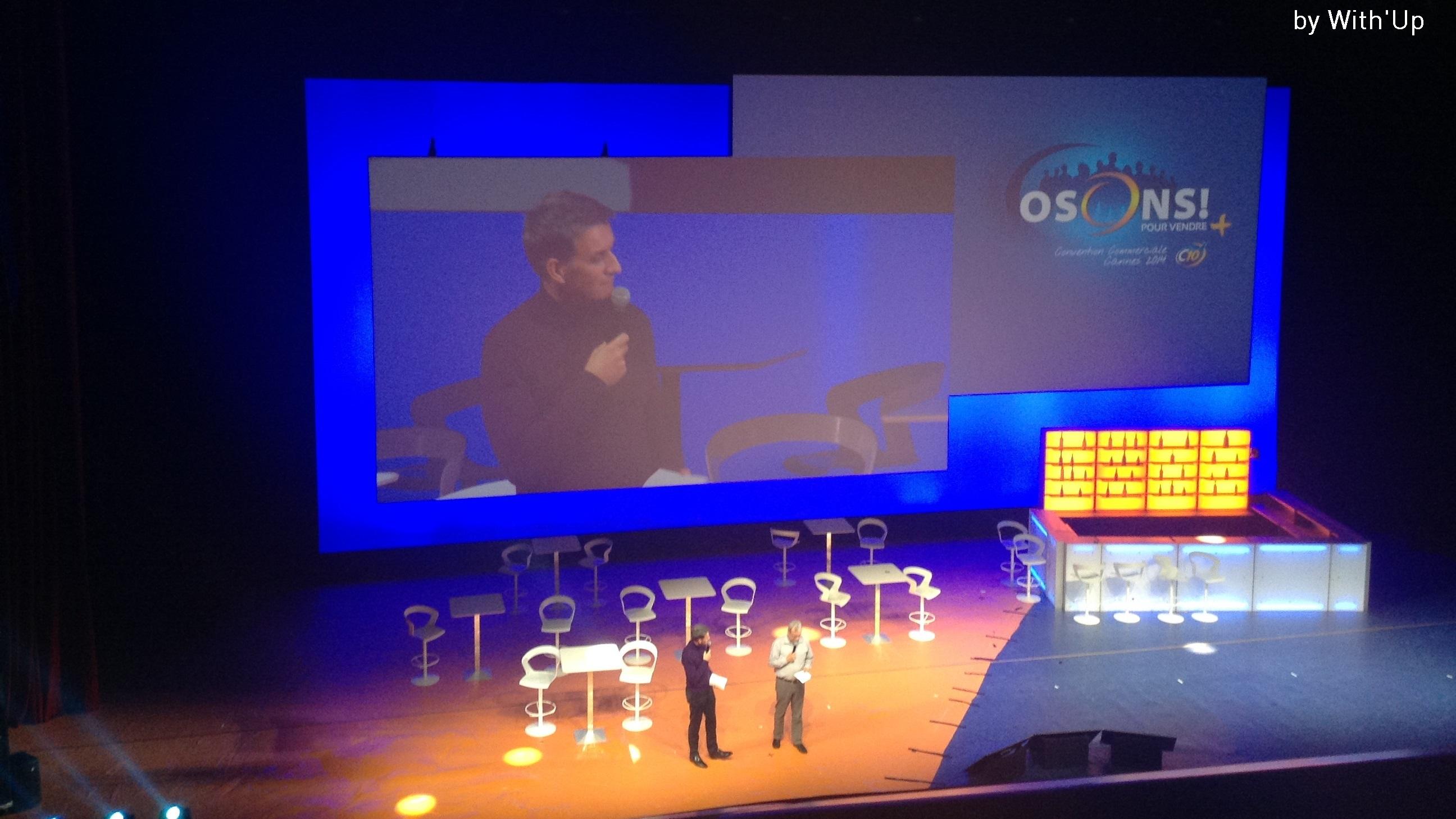 Convention C10 - Palais des Festivals de Cannes - prestation technique - vidéo - évènement - projection - écran sur-mesure - projecteurs 18K - Spyder X20