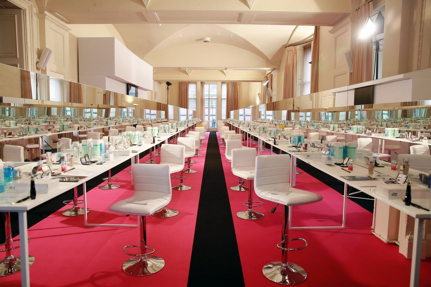 aucop-Lancôme National Make Up Artist -Lancome- Tables de maquillage