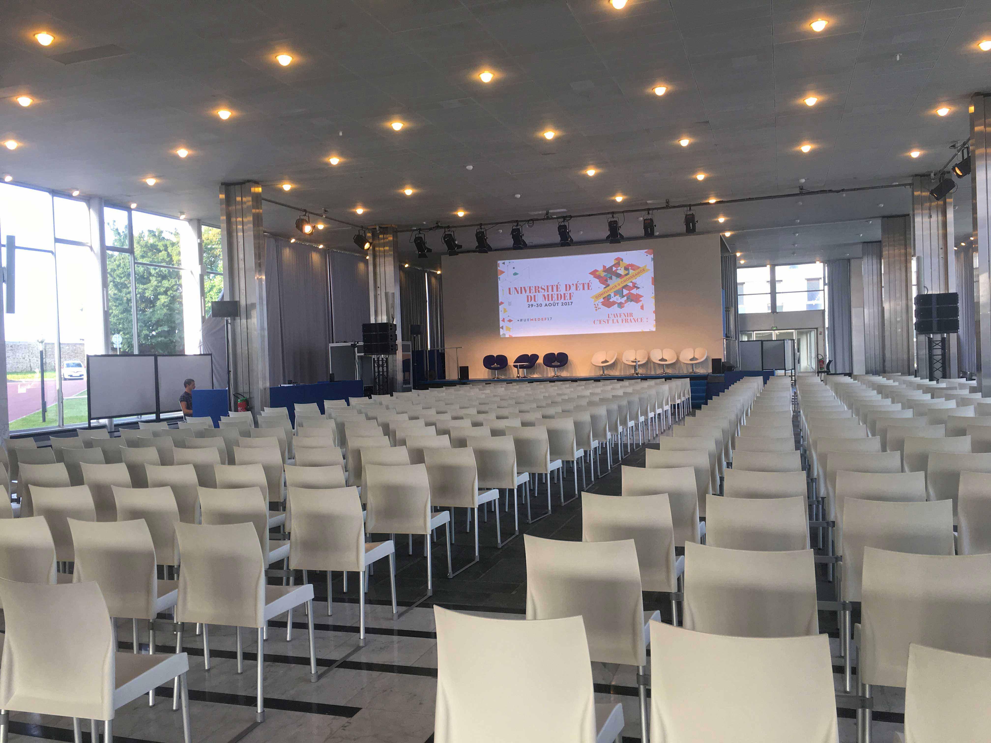 Medef 2017-MEDEF-EVENEMENT-INSTALLATION-PRESTATION-AUCOP