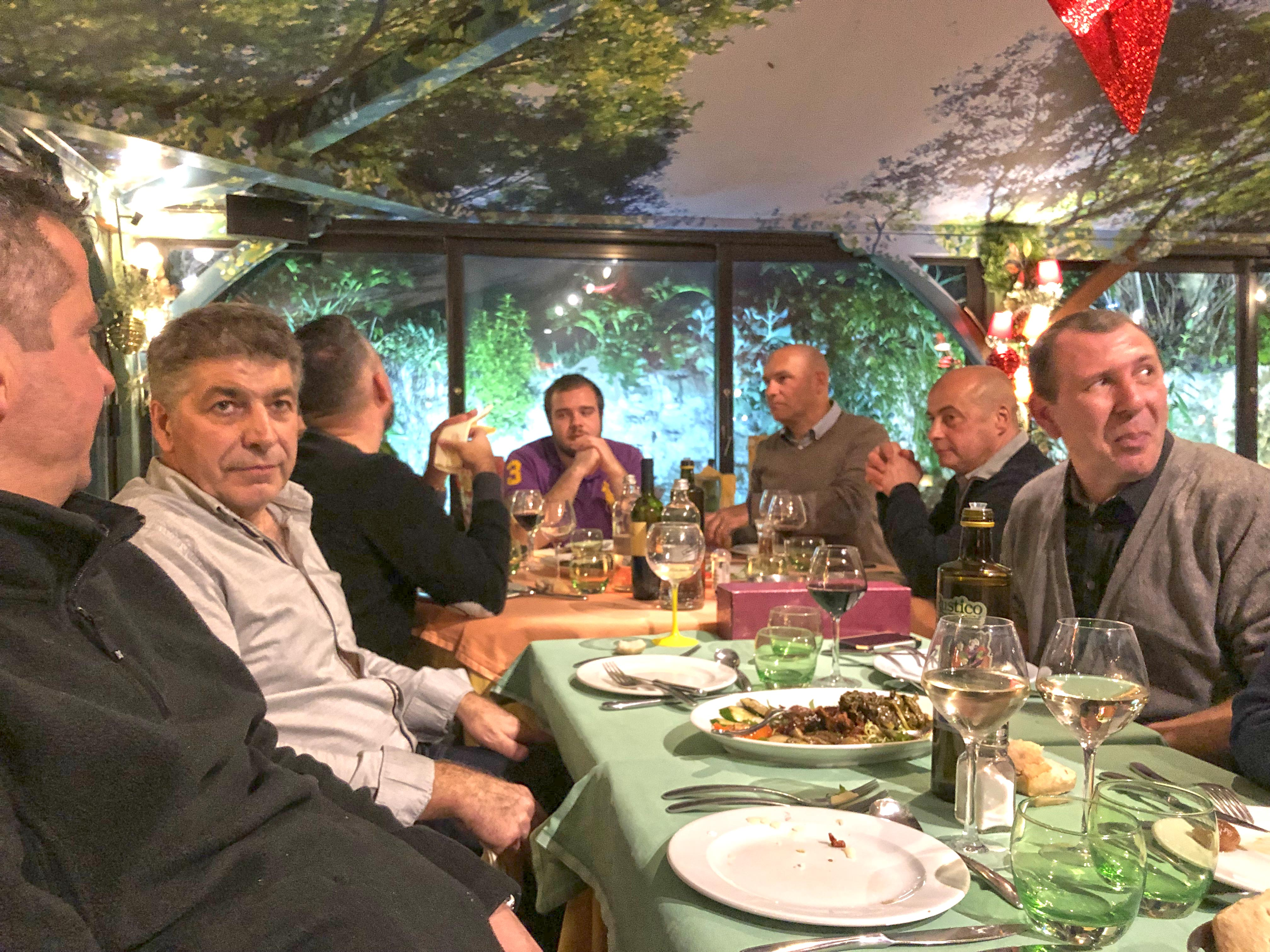 Repas-de-fin-d'année-aucop-team-interne-nice-marseille-noel-audiovisuel-evenement-evenementiel-communication-equipe-event