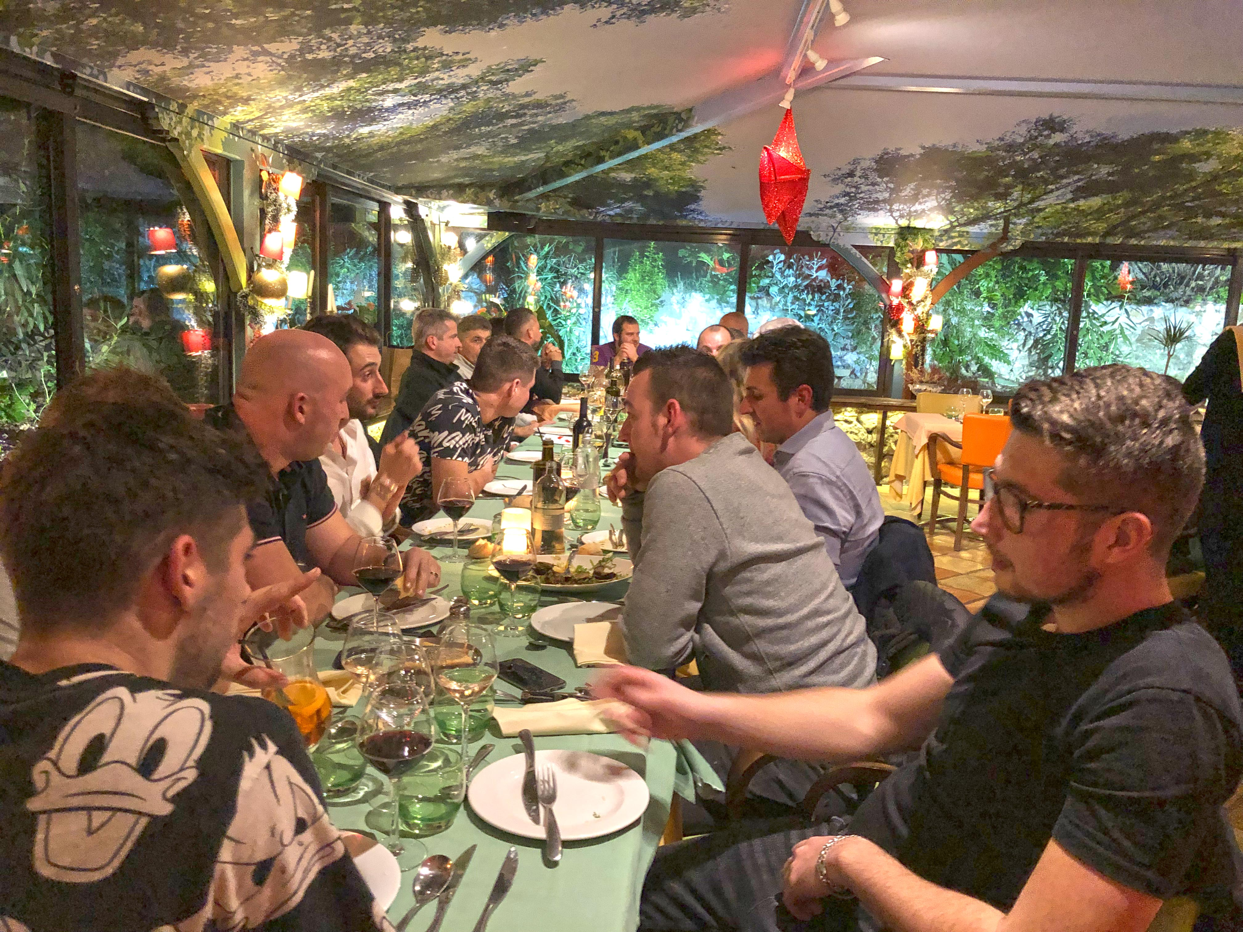 Repas-de-fin-d'année-interne-aucop-nice-marseille-noel-audiovisuel-event-evenement-evenementiel-communication-equipe-team