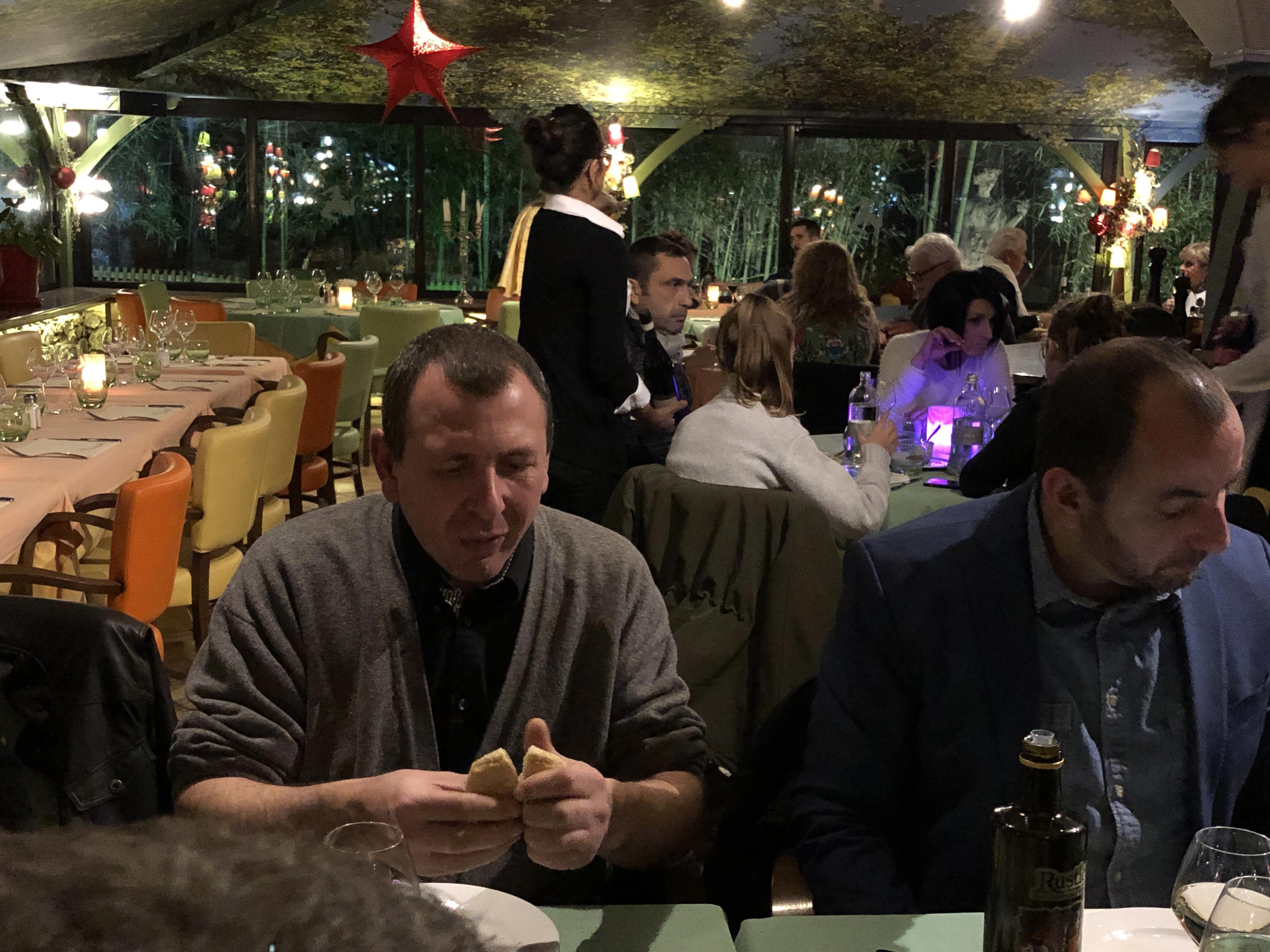 Repas-de-fin-d'année-marseille-paris-nice-noel-audiovisuel-event-evenement-evenementiel-communication-equipe-team-aucop