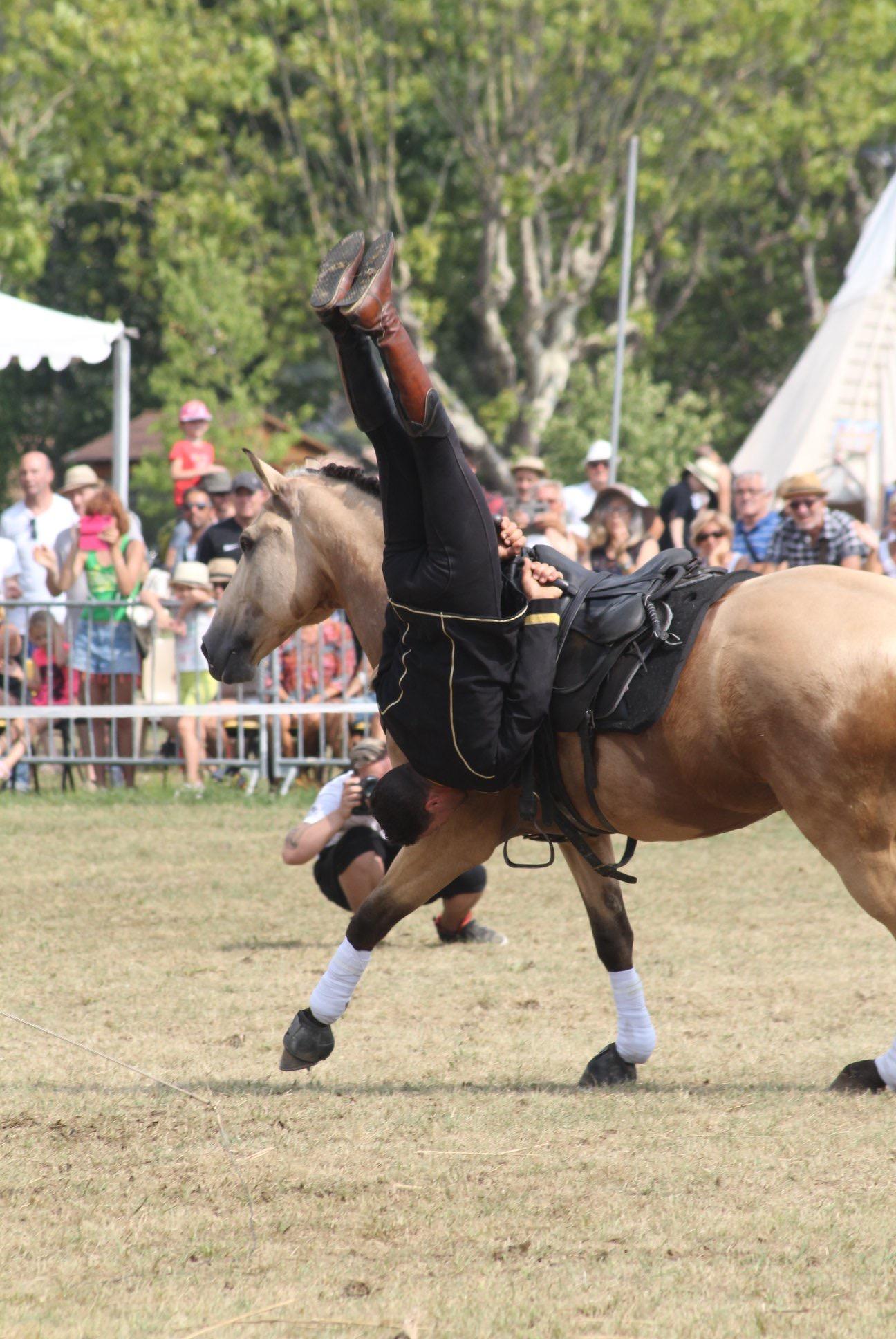 aucop-evenement-fete du cheval-levens-sonorisation-eclairage-location-materiel-audiovisuel-amsl equitation-carros-nice-marseille-paris-cote dazur