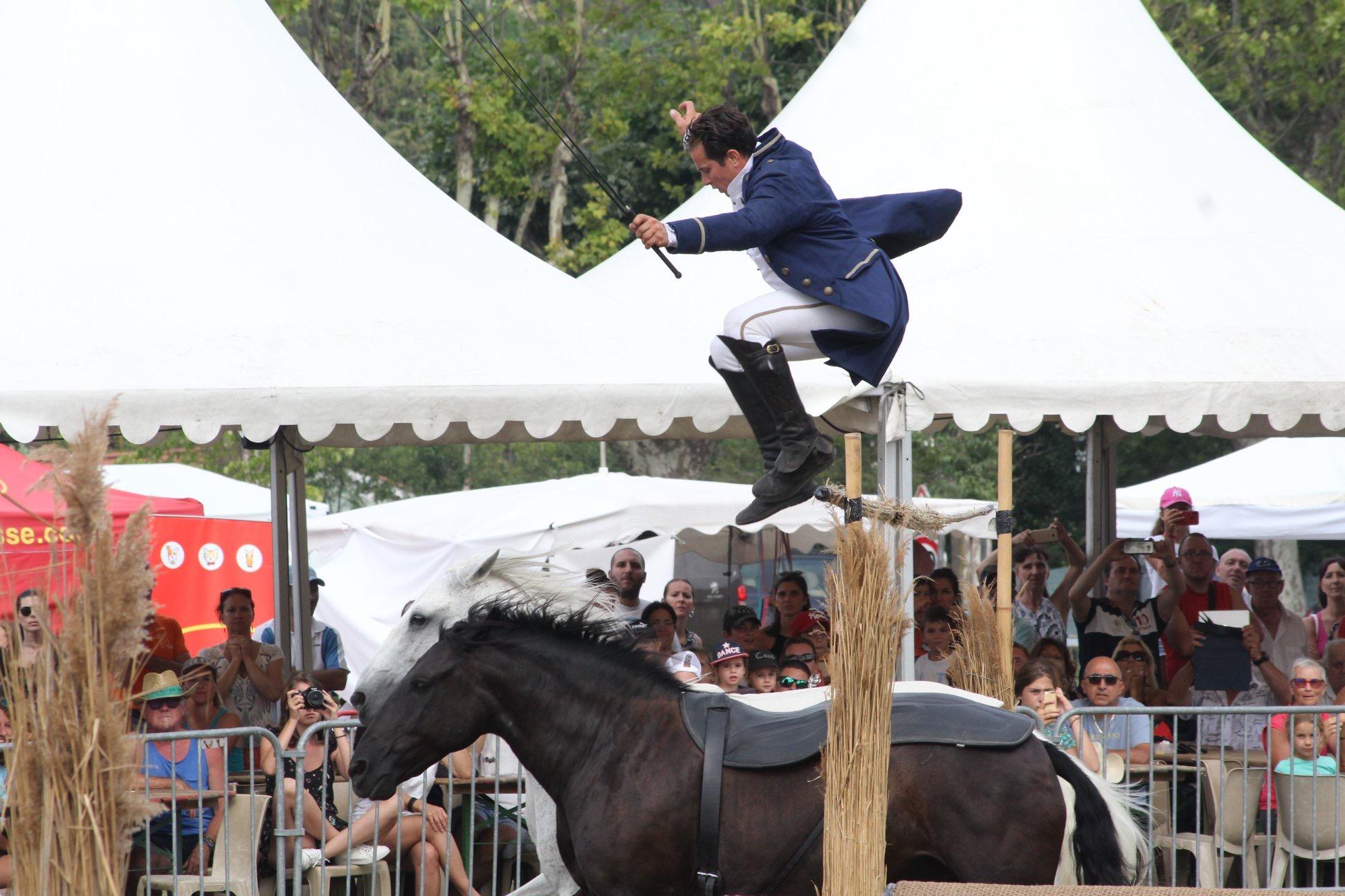 aucop-evenement-fete du cheval-levens-sonorisation-eclairage-location-materiel-audiovisuel-amsl equitation-nice-marseille-paris