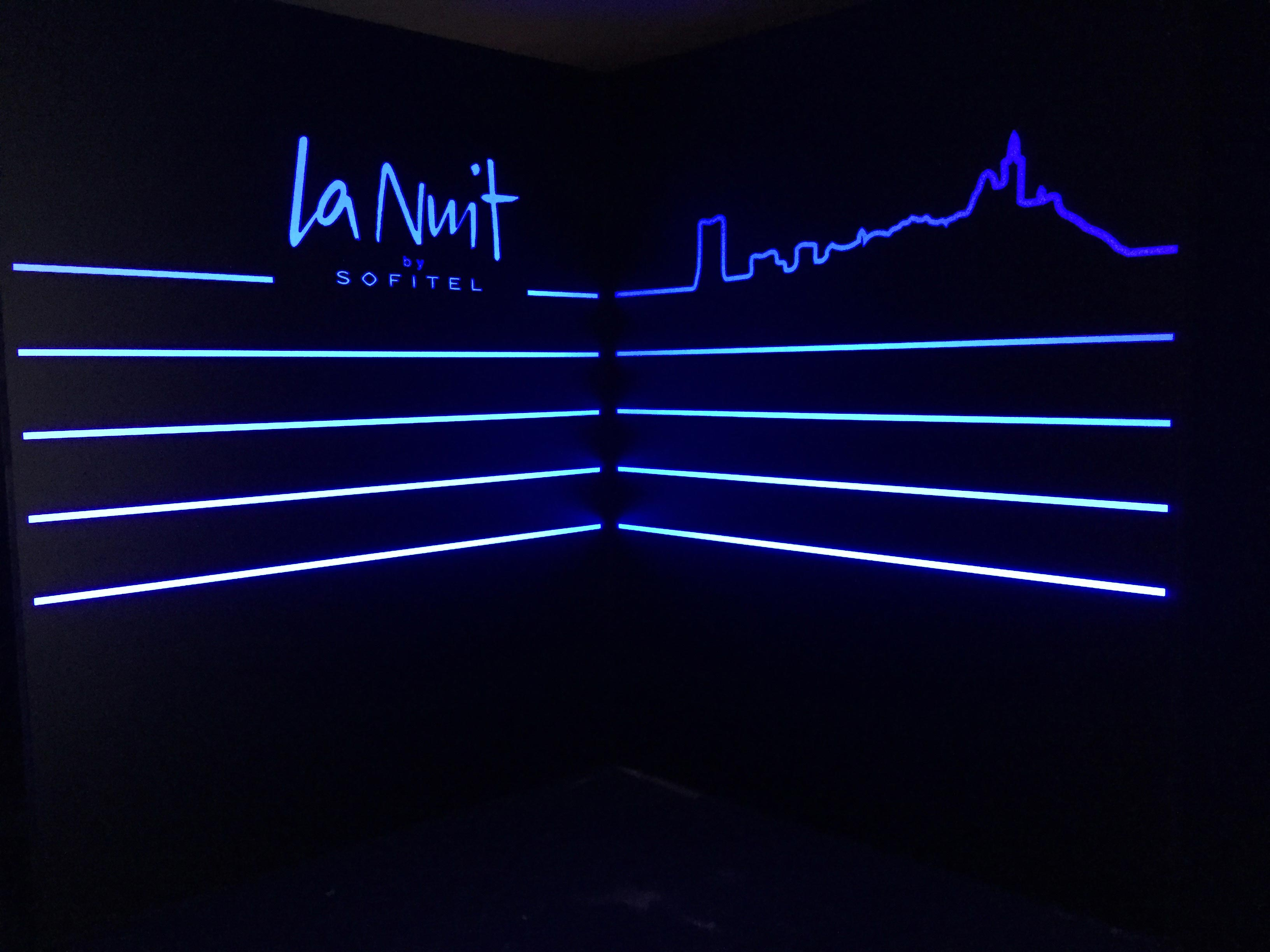 La Nuit by Sofitel-aucop-evenement-la-nuit-by-sofitel-Dantès-Skylounge-marseille-led