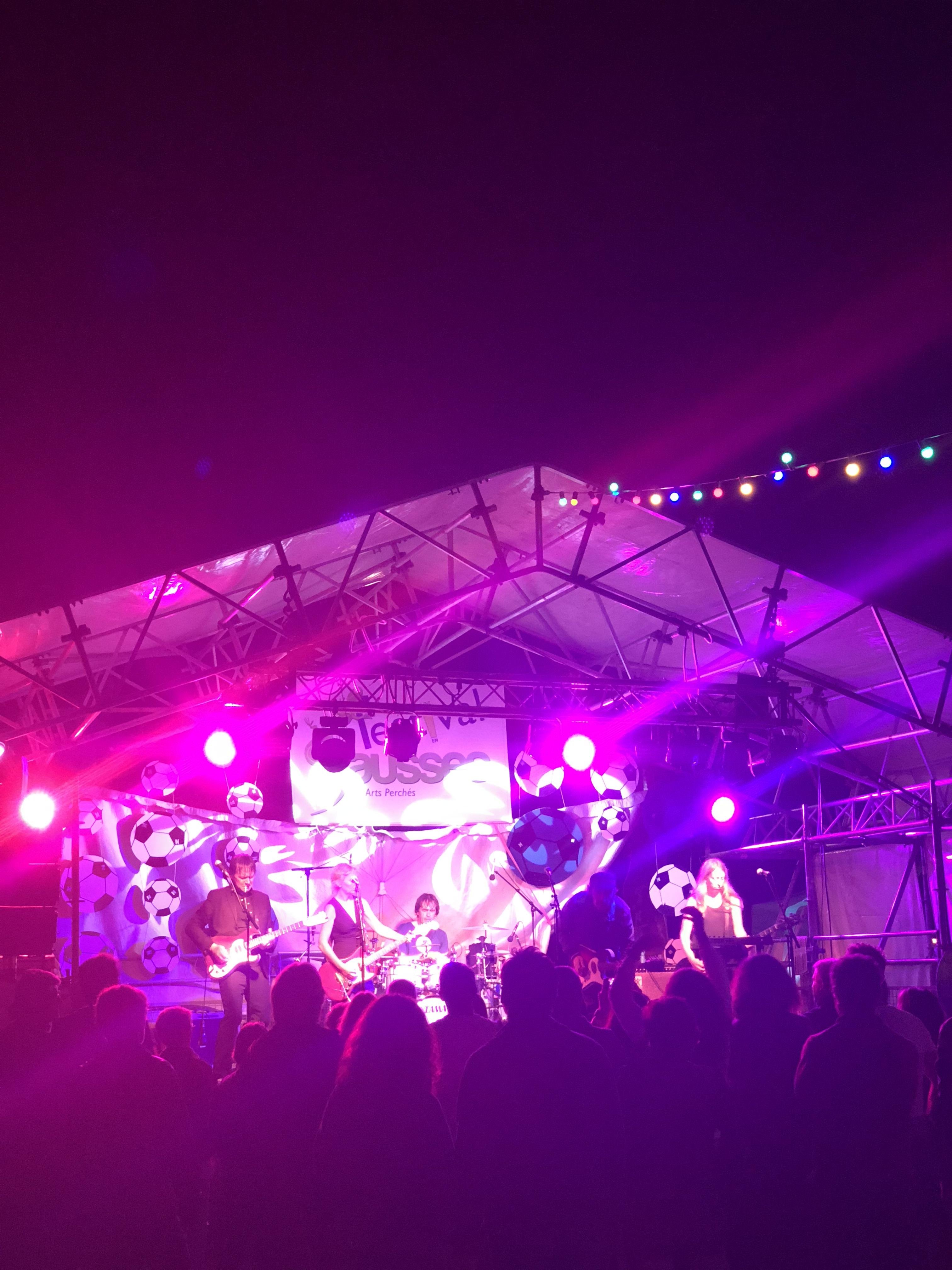 aucop-festival-festival en sausses-sonorisation-eclairage-cali-kolinka-dahan-scene-audiovisuel-evenementiel-alpes de haute provence-carros-nice
