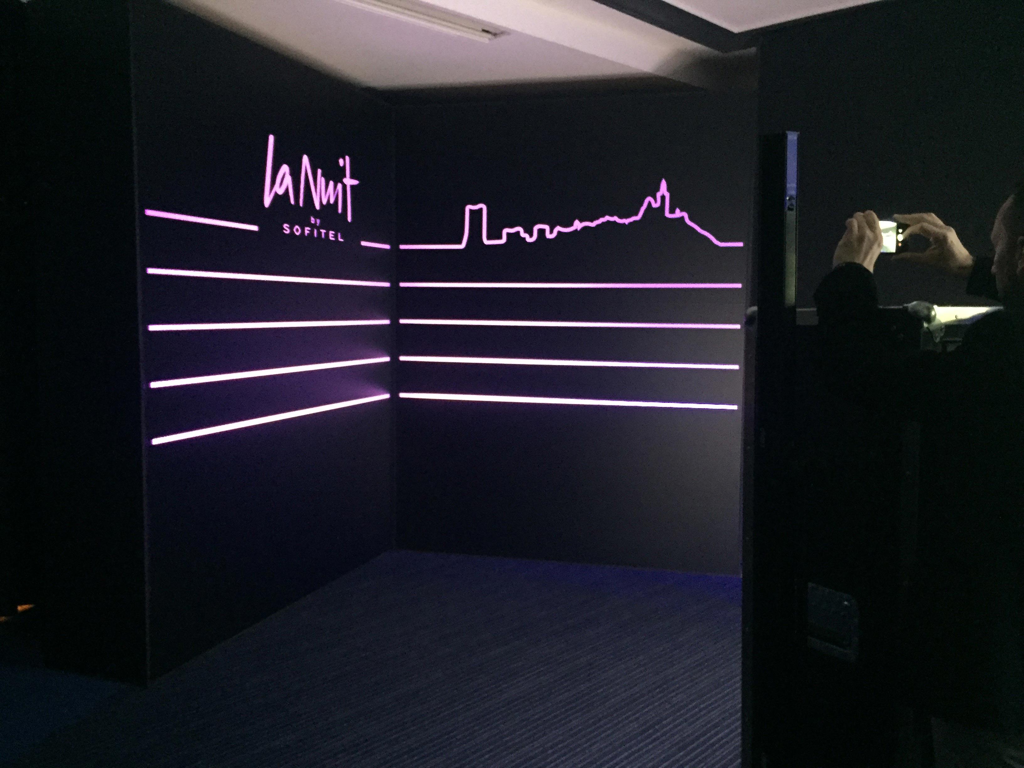 La Nuit by Sofitel-la-nuit-by-sofitel-Dantès-Skylounge-marseille-led-lumiere-habillage-experience-clients-aucop
